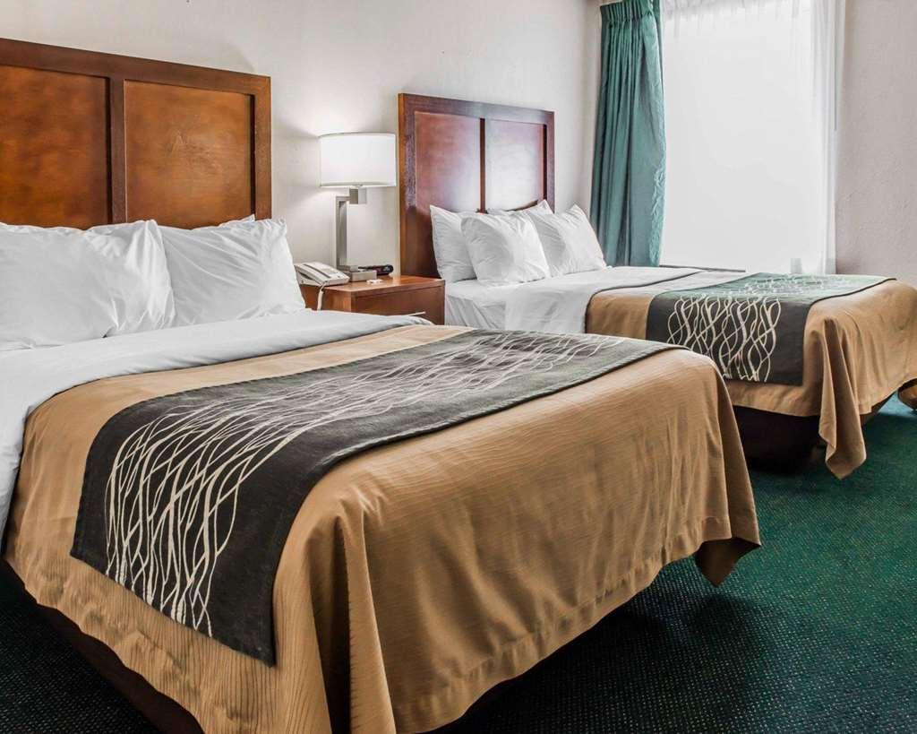 Quality Inn Waynesburg - Waynesburg, PA 15370