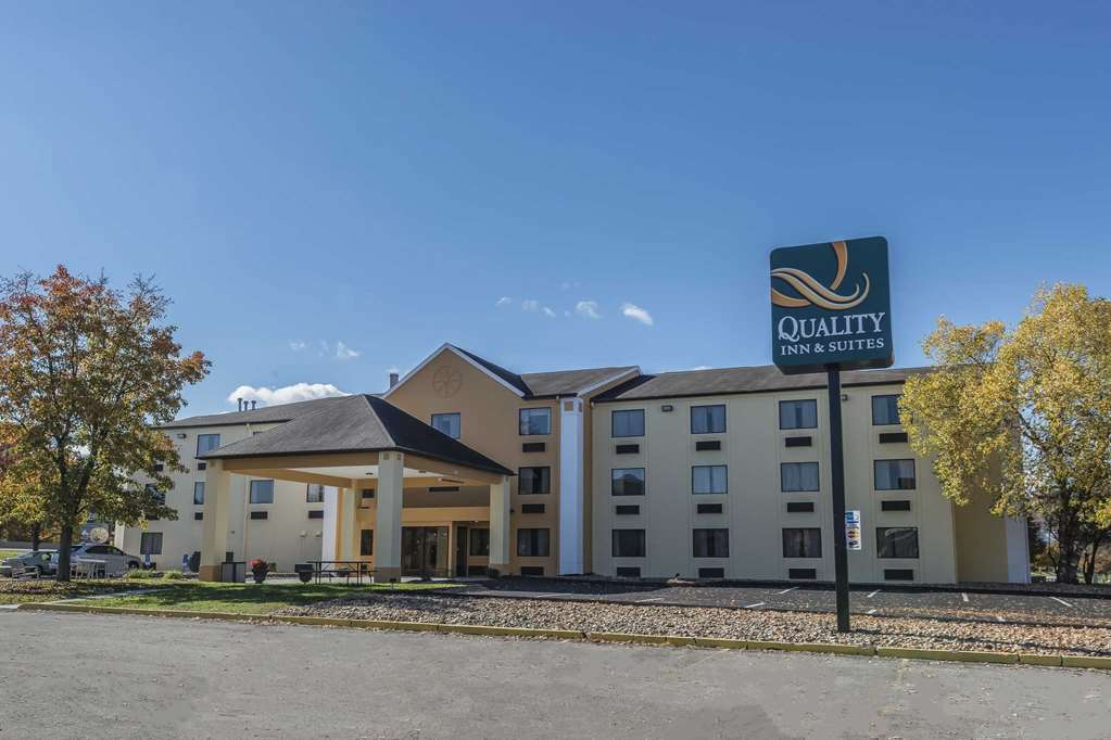 Quality Inn & Suites Pittsburgh