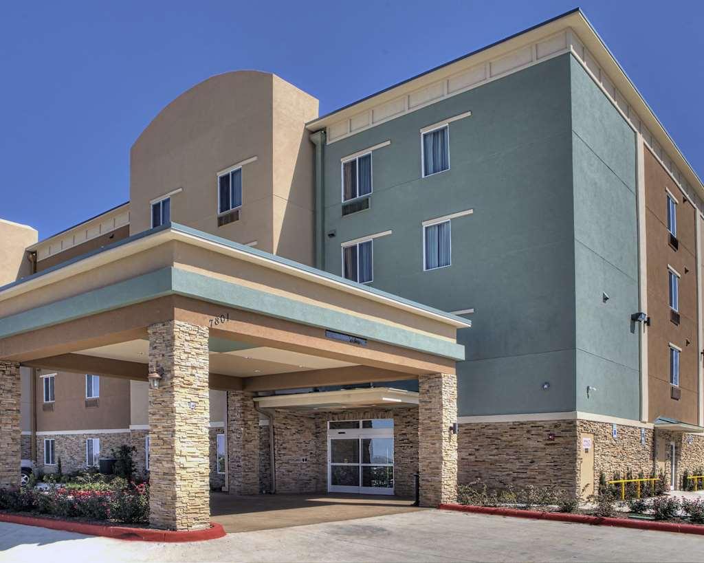 Comfort Inn & Suites, White Settlement