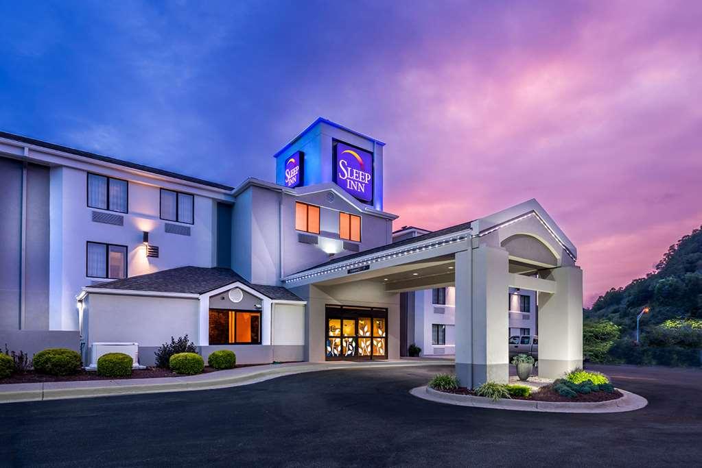 Sleep Inn- Charleston, WV Hotels- Tourist Class Hotels in ...