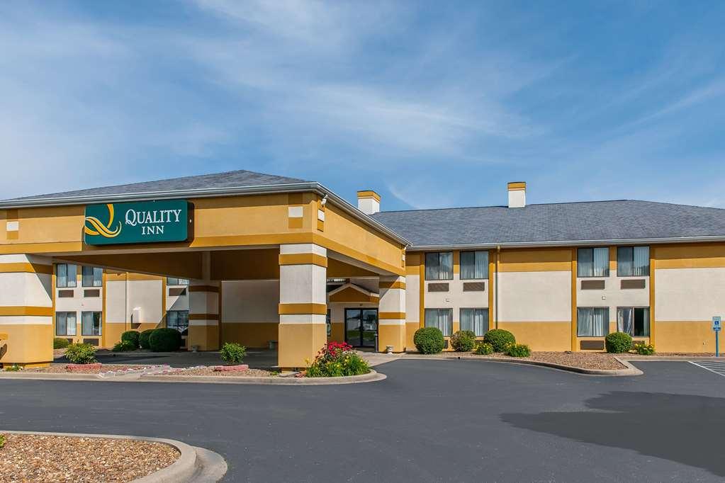 Quality Inn Lewisport - Lewisport, KY 42351