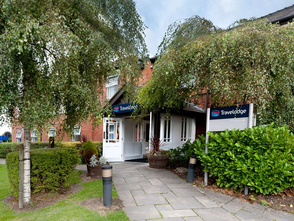 Travelodge Warrington Lowton