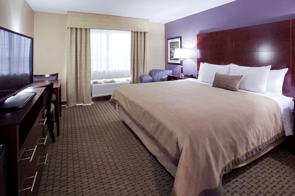 Grandstay Hotel Suites Thief River Falls - Thief River Falls, MN 56701