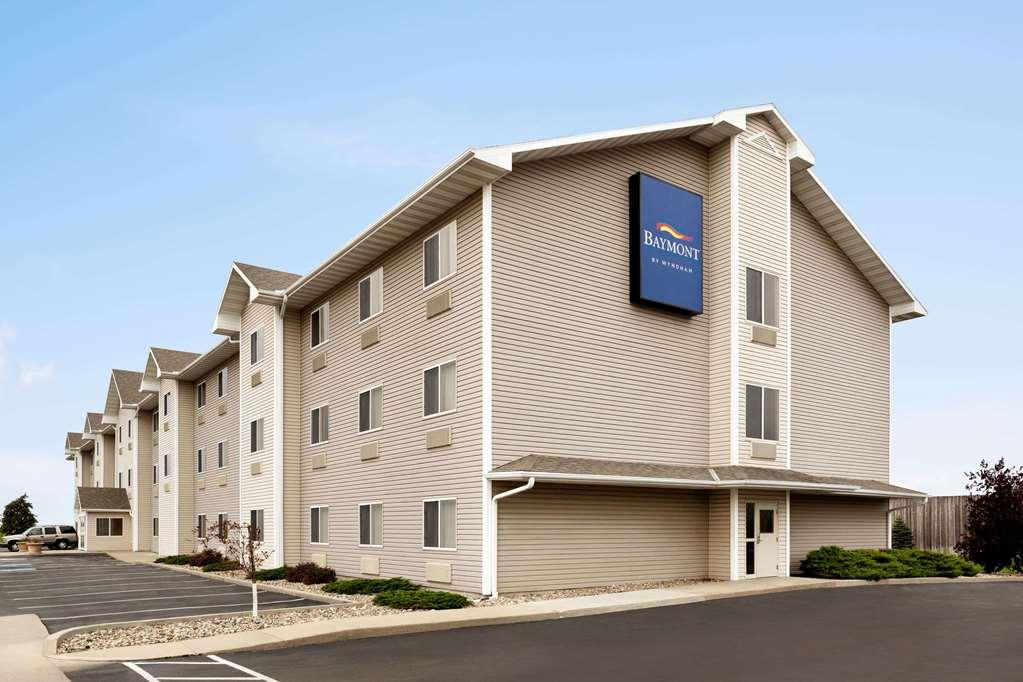 Baymont Inn & Suites Fremont
