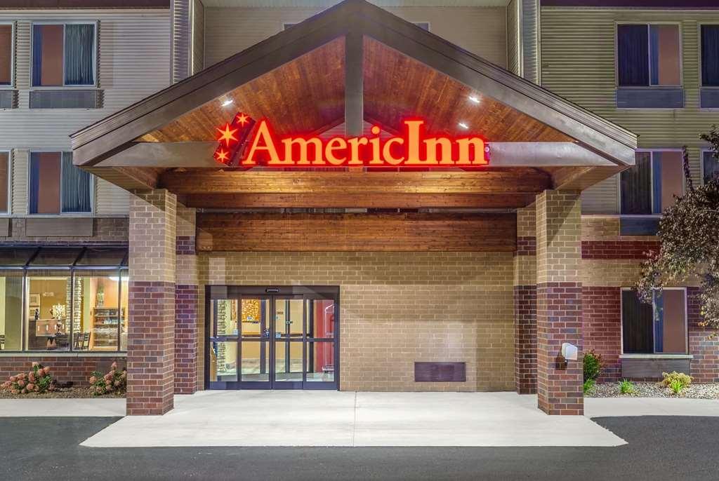 AmericInn by Wyndham New Lisbon