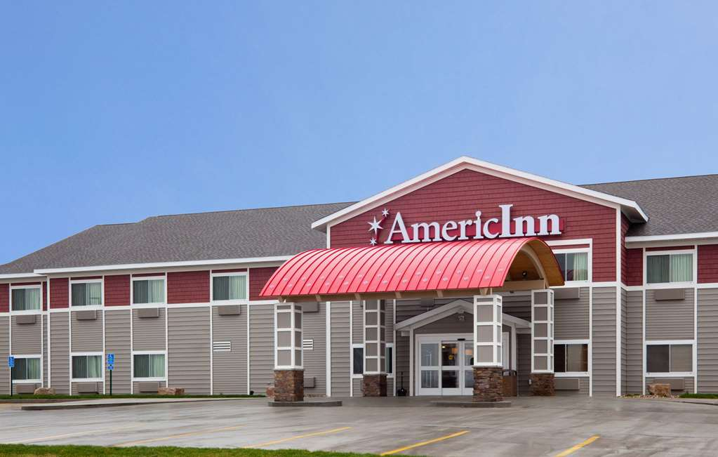 AmericInn by Wyndham Sibley