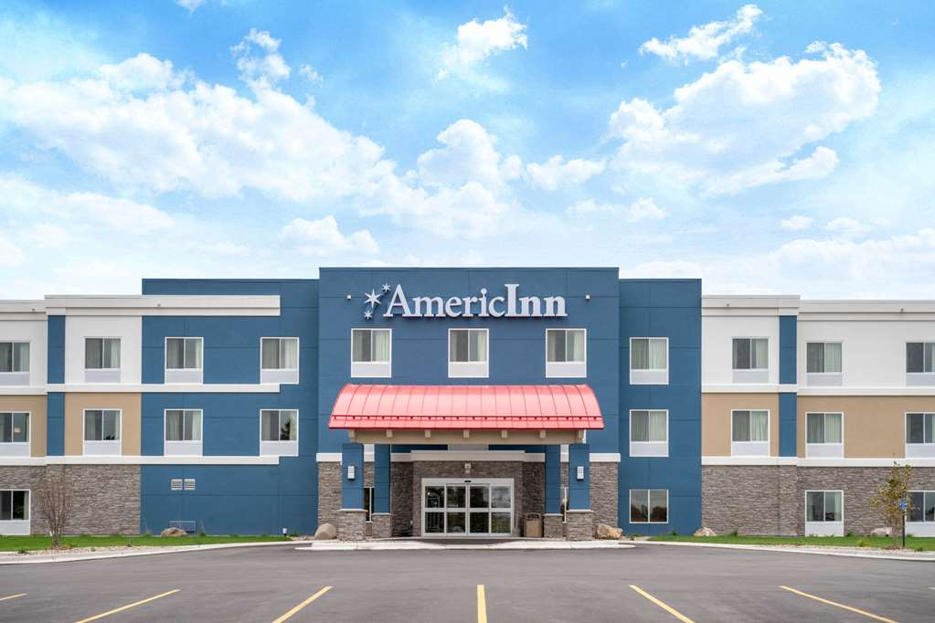 AmericInn by Wyndham Windom