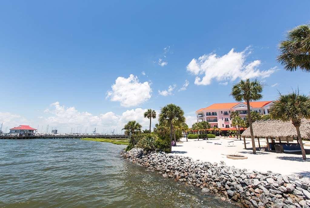 Charleston Harborside Resort & Marina