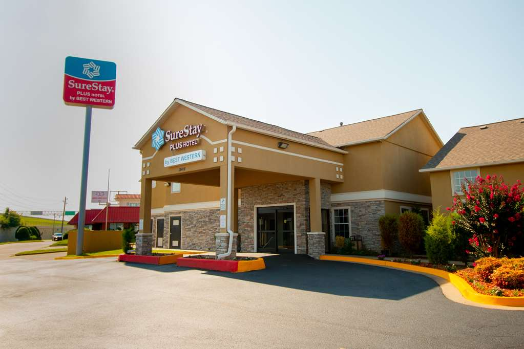 SureStay Plus by Best Western Tulsa East