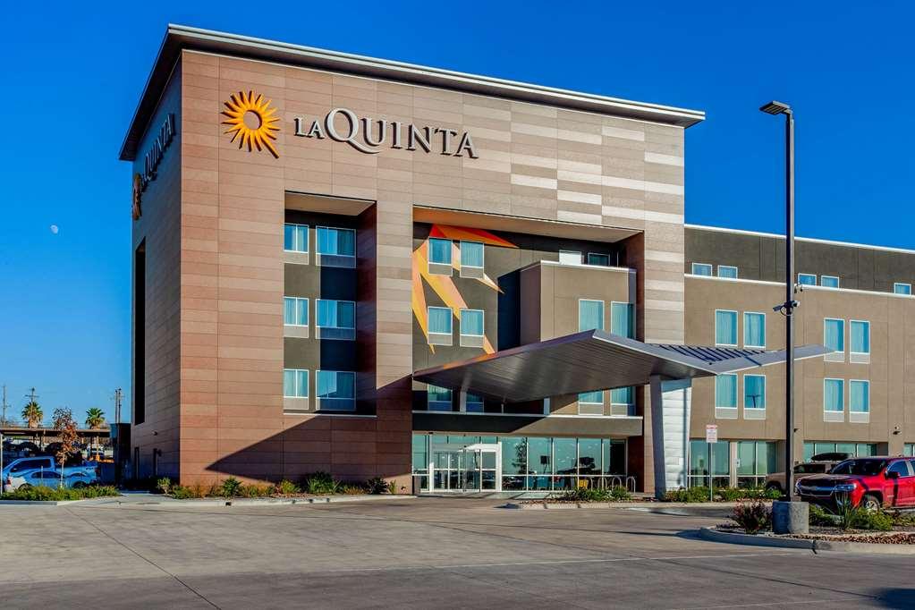 La Quinta Inn & Stes San Antonio-Alamo