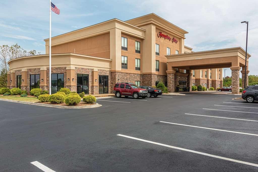 Hampton Inn & Suites Fort Campbell