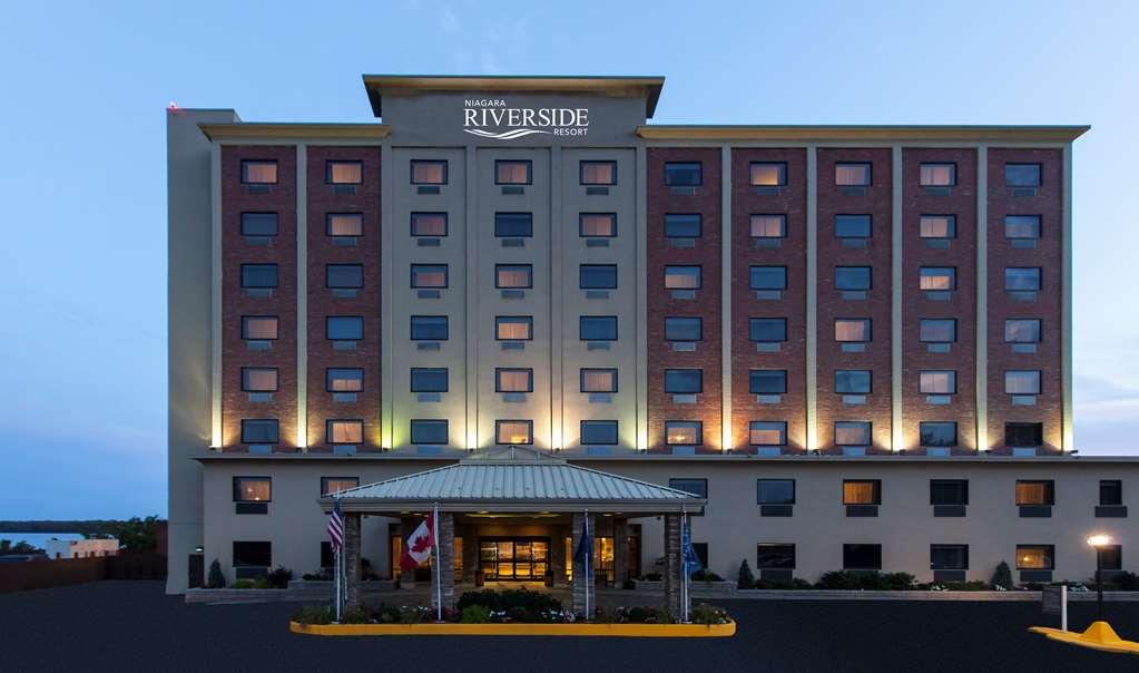 Niagara Riverside Resort BW Premier Coll