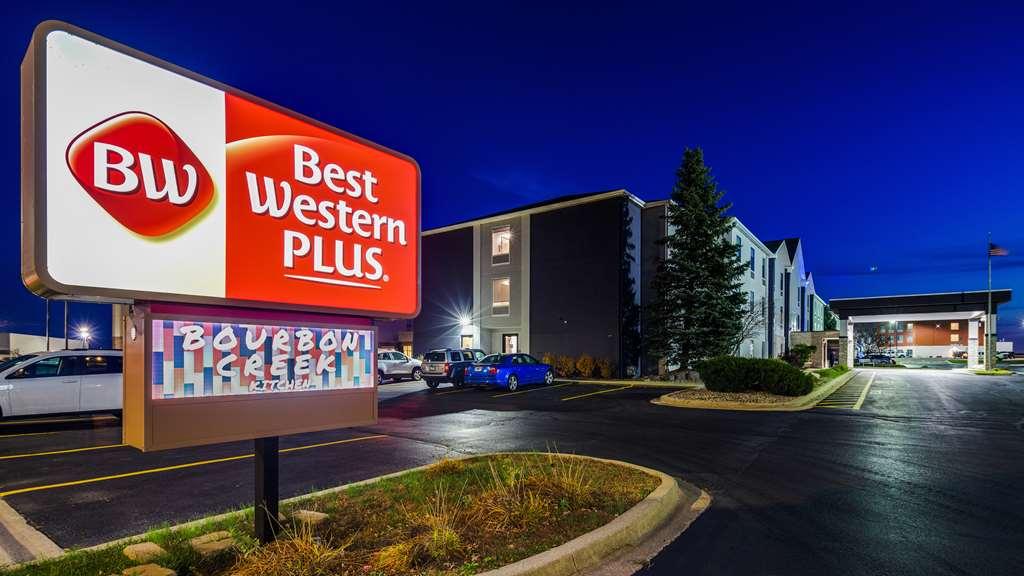 Best Western Plus Bourbonnais Hotel-Stes