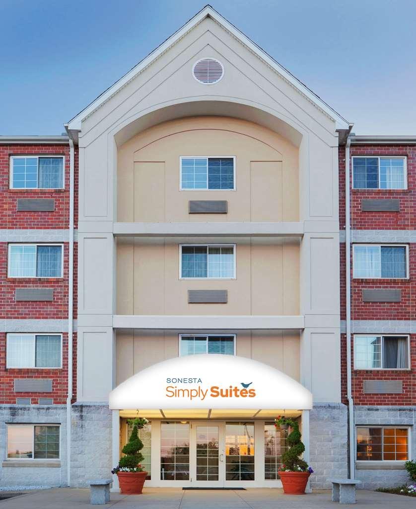 Sonesta Simply Suites Boston Burlington