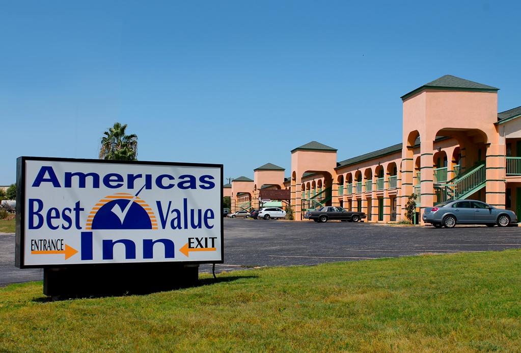 Americas Best Value Inn AT&T Center