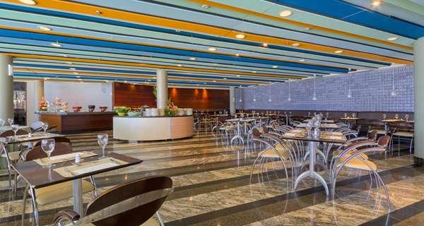 Veja fotos do hotel Golden Tulip Brasília Alvorada