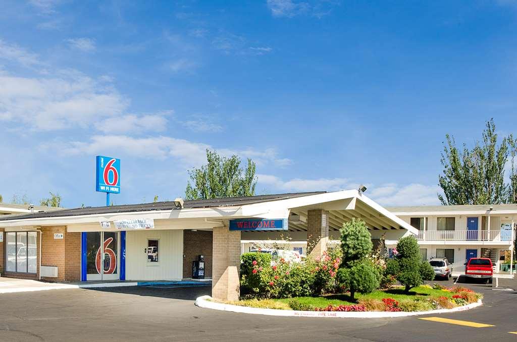 Motel 6 Tacoma North