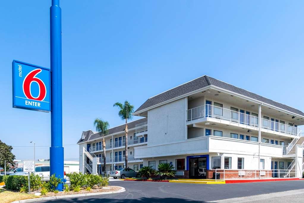 Motel 6 Anaheim Fullerton East