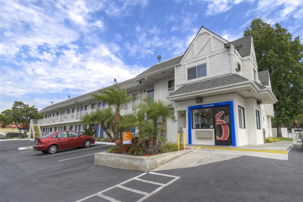 Motel 6 Los Angeles