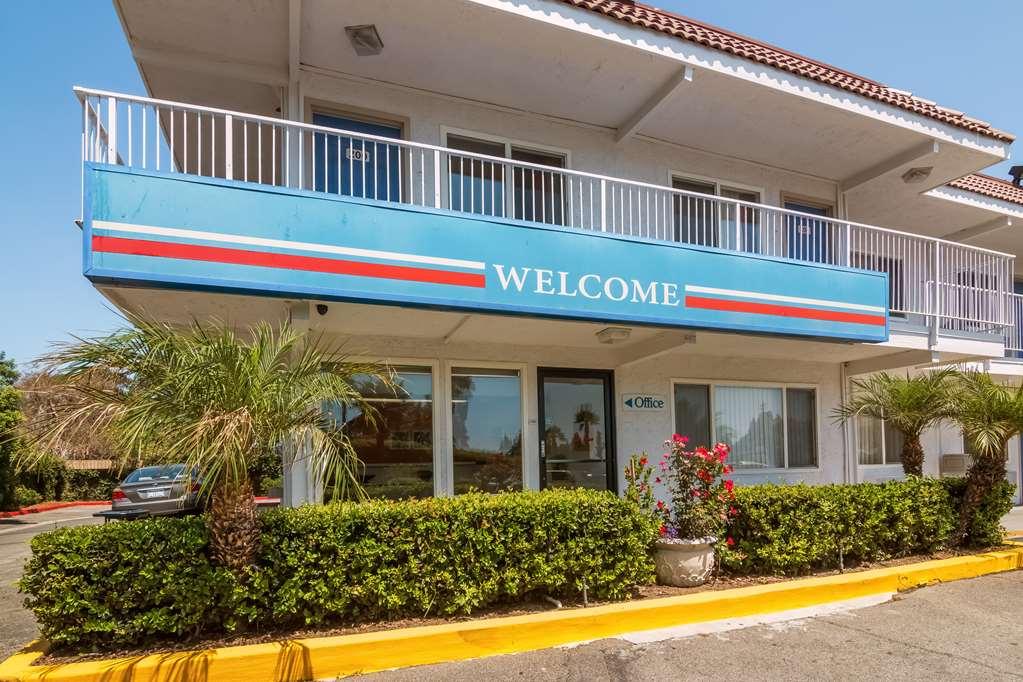 Motel 6 Los Angeles Van Nuys