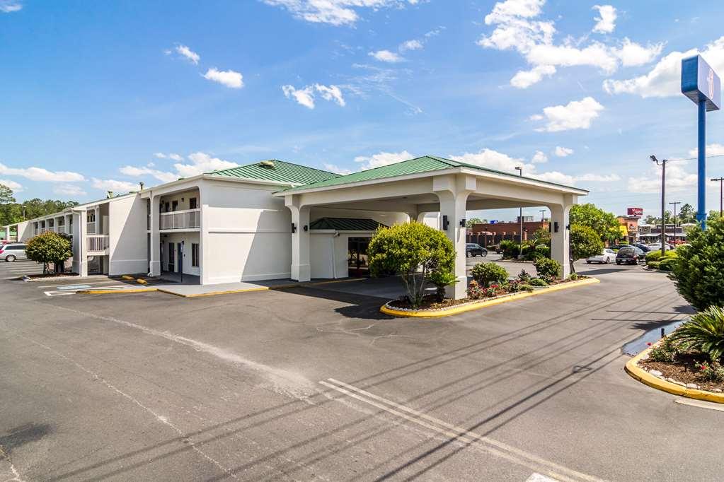 Motel 6 Waycross GA