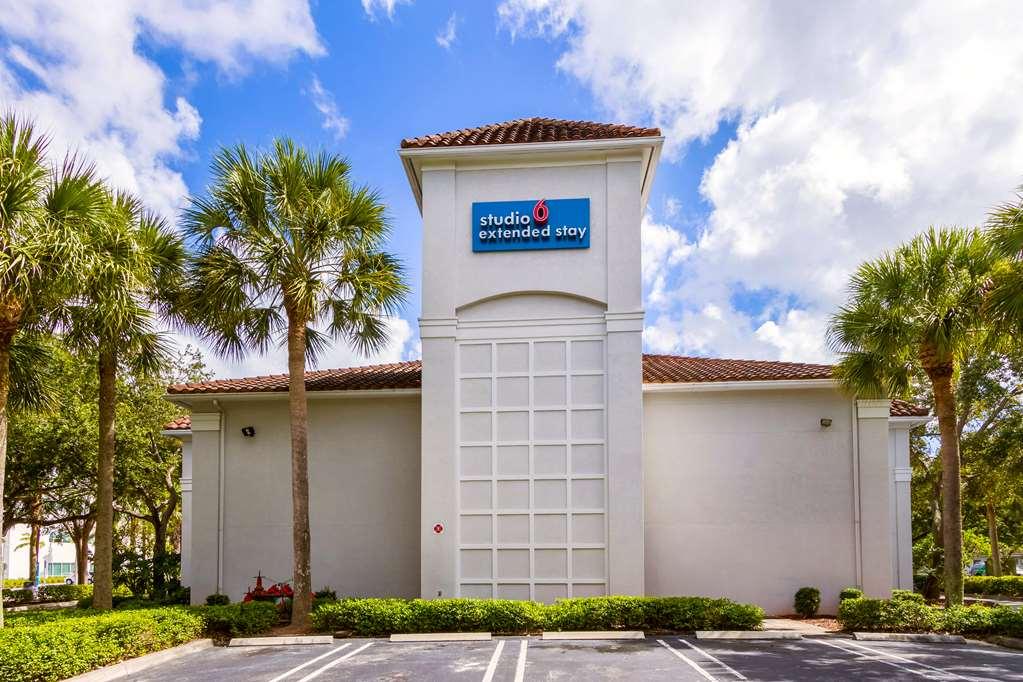 Studio 6 Ft Lauderdale-Coral Springs
