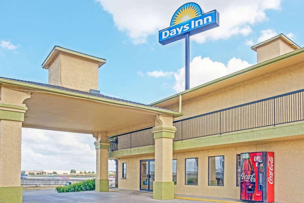 Days Inn San Antonio I-35 North