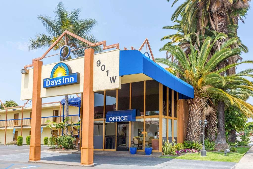 Days Inn Los Angeles LAX Airport