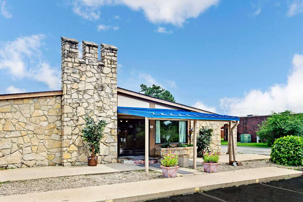 Knights Inn Indianapolis South - Indianapolis, IN 46217