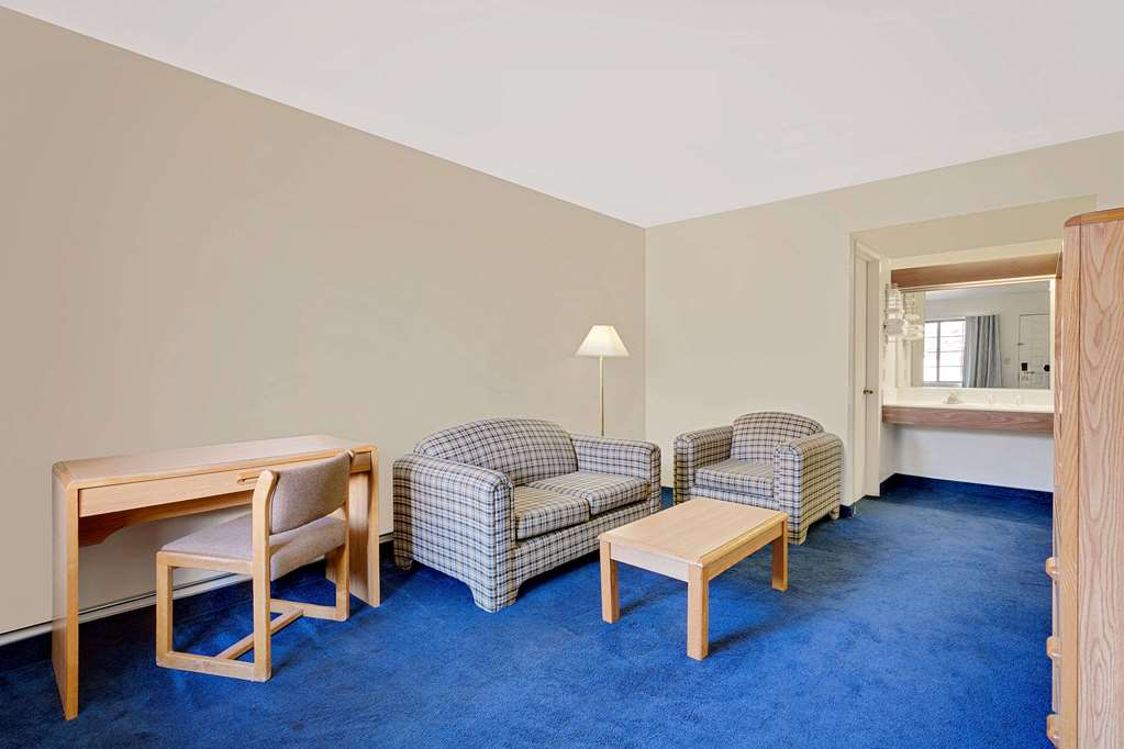 Days Inn And Suites - Needles, CA 92363