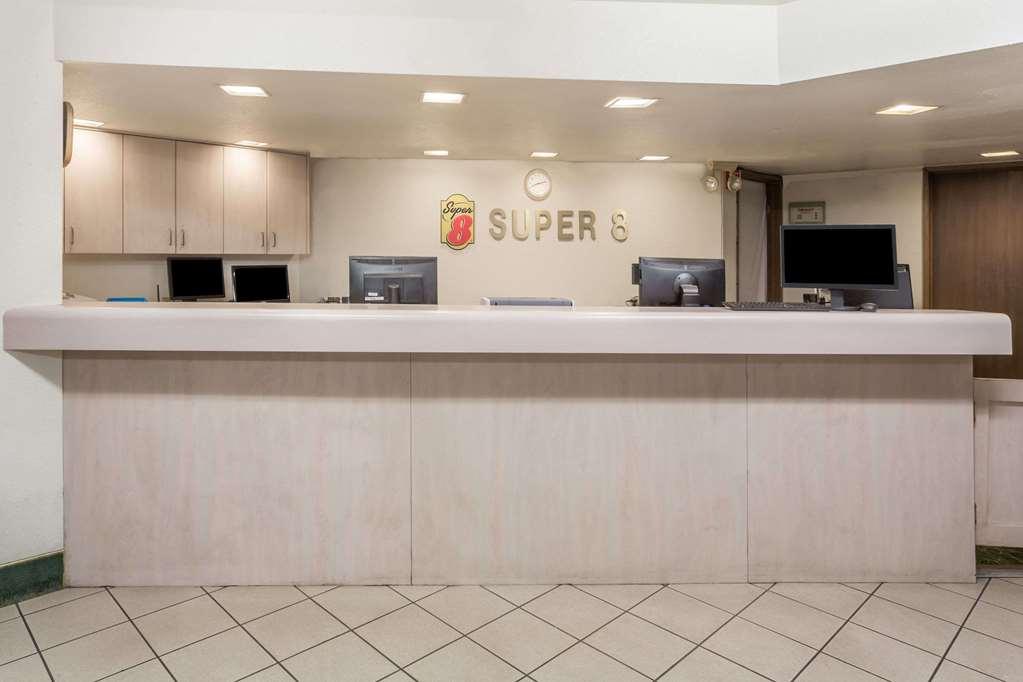 Super 8 Phoenix Metro North - Phoenix, AZ 85051