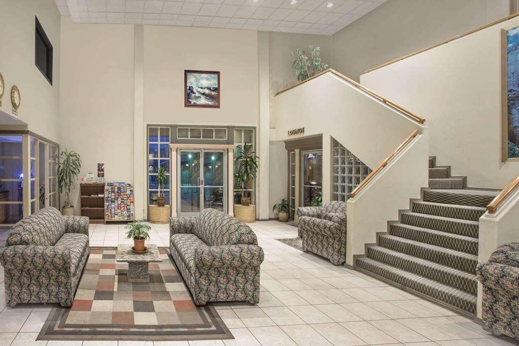Knights Inn Pico Rivera - Pico Rivera, CA 90660