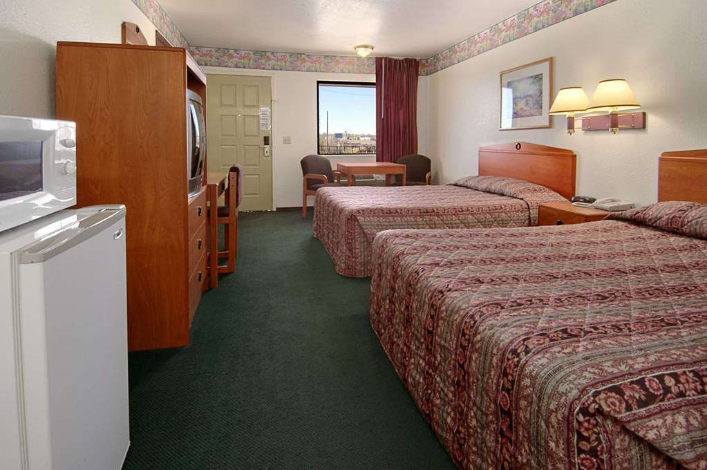 Days Inn By Wyndham Woodward Ok - Woodward, OK 73801