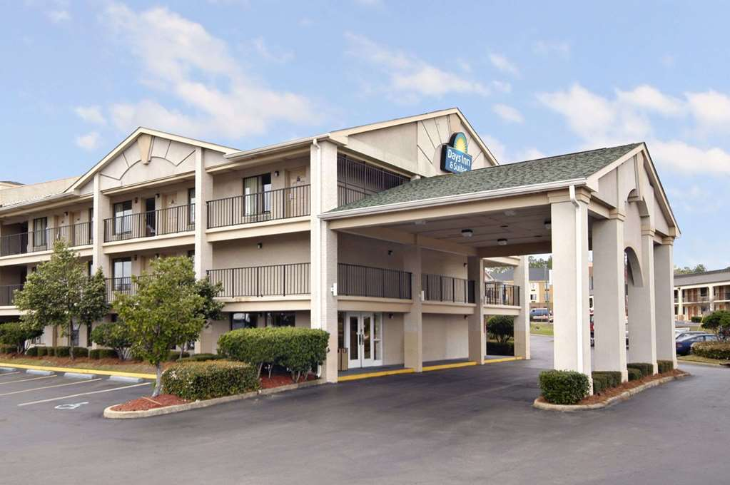 Days Inn And Suites Mobile