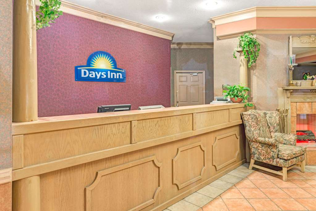 Days Inn & Suites Osceola - Osceola, AR 72370
