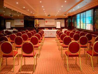 Le Rendezvous Conference Room