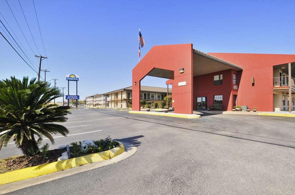 Days Inn San Antonio/Near Lackland AFB