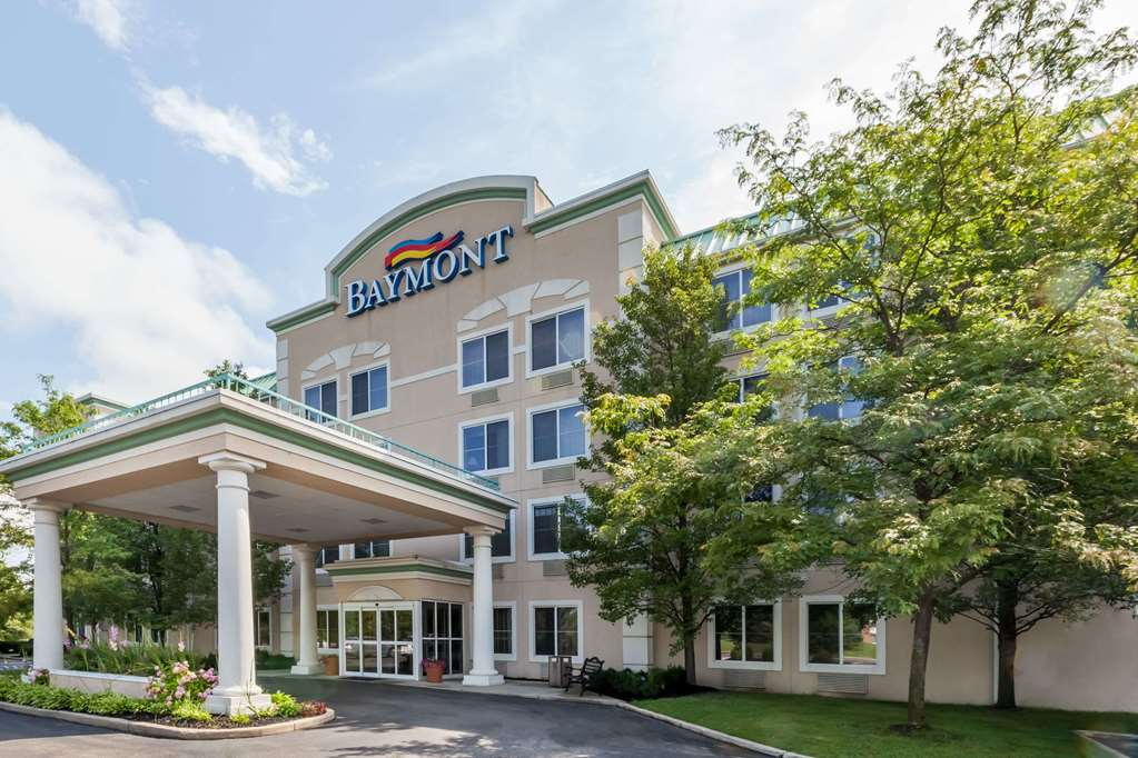 Baymont Inn & Suites Grand Rapids N