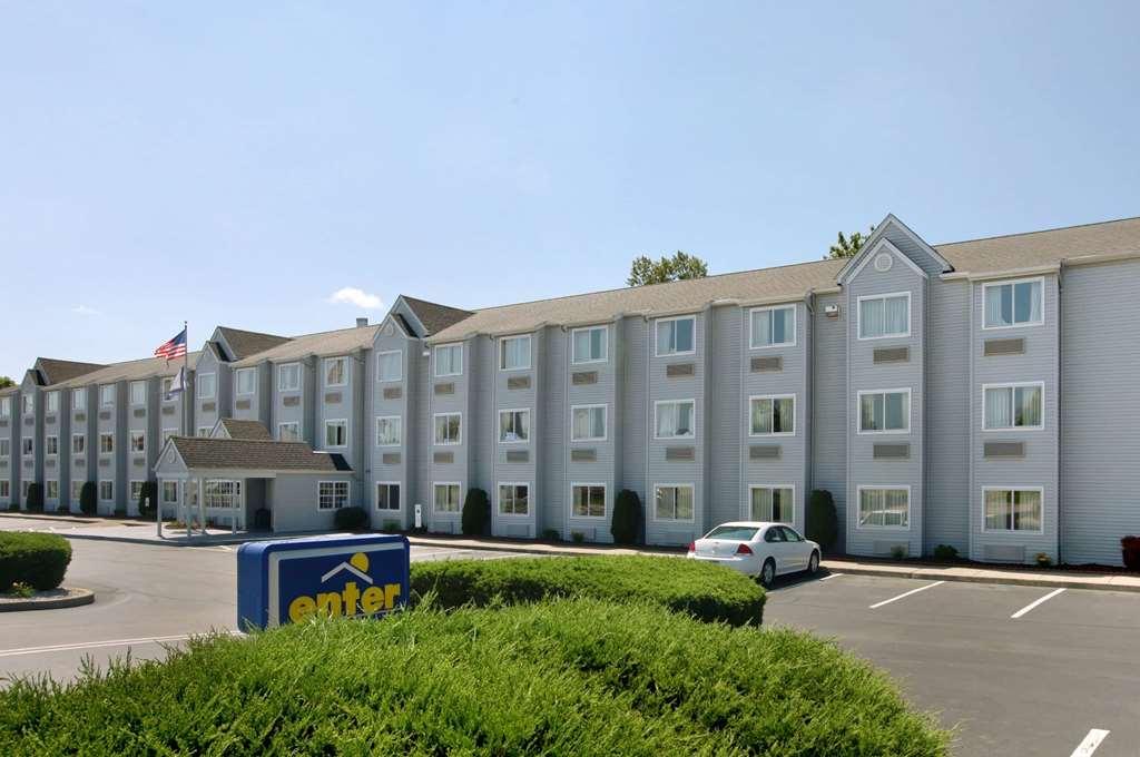 Microtel Inn/Stes by Wyndham Charleston