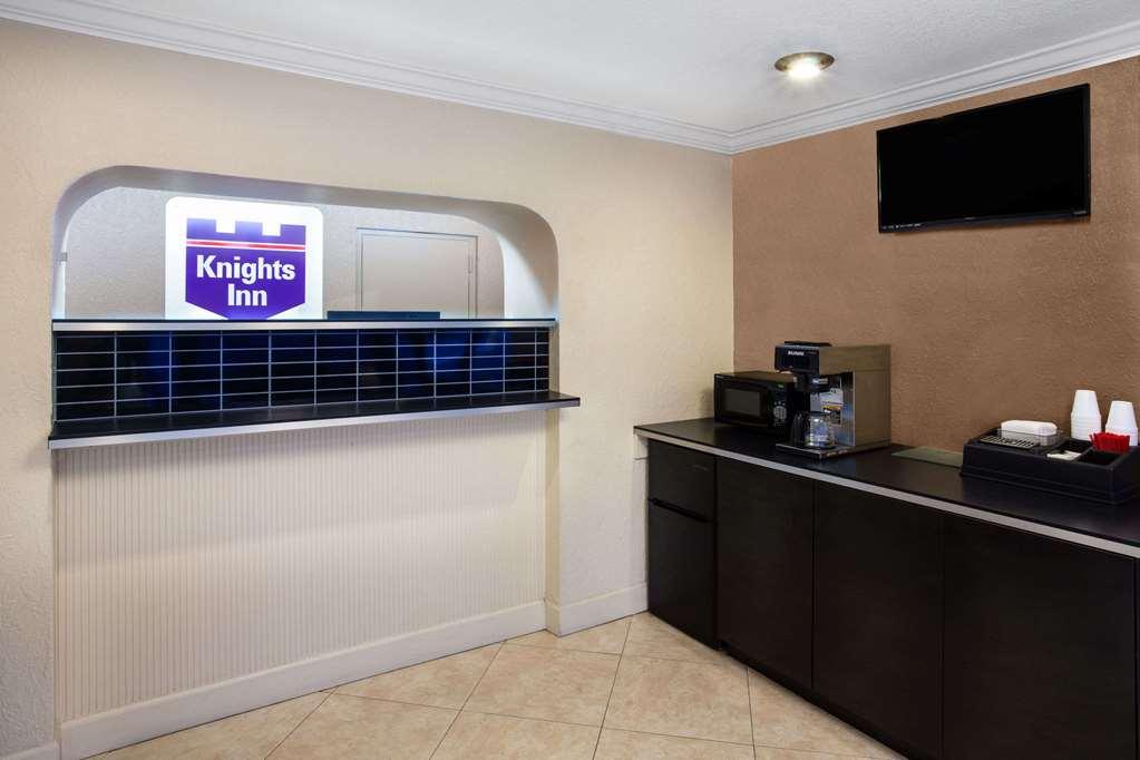 Knights Inn Orlando - Orlando, FL 32839