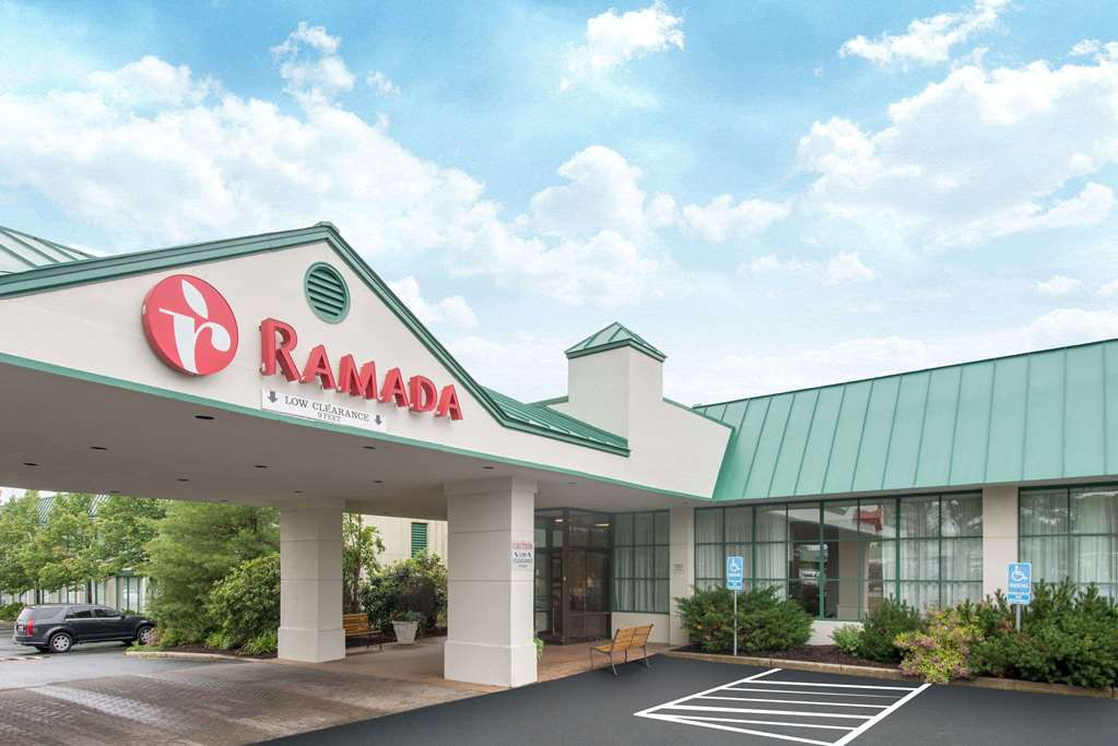 Ramada Ellsworth