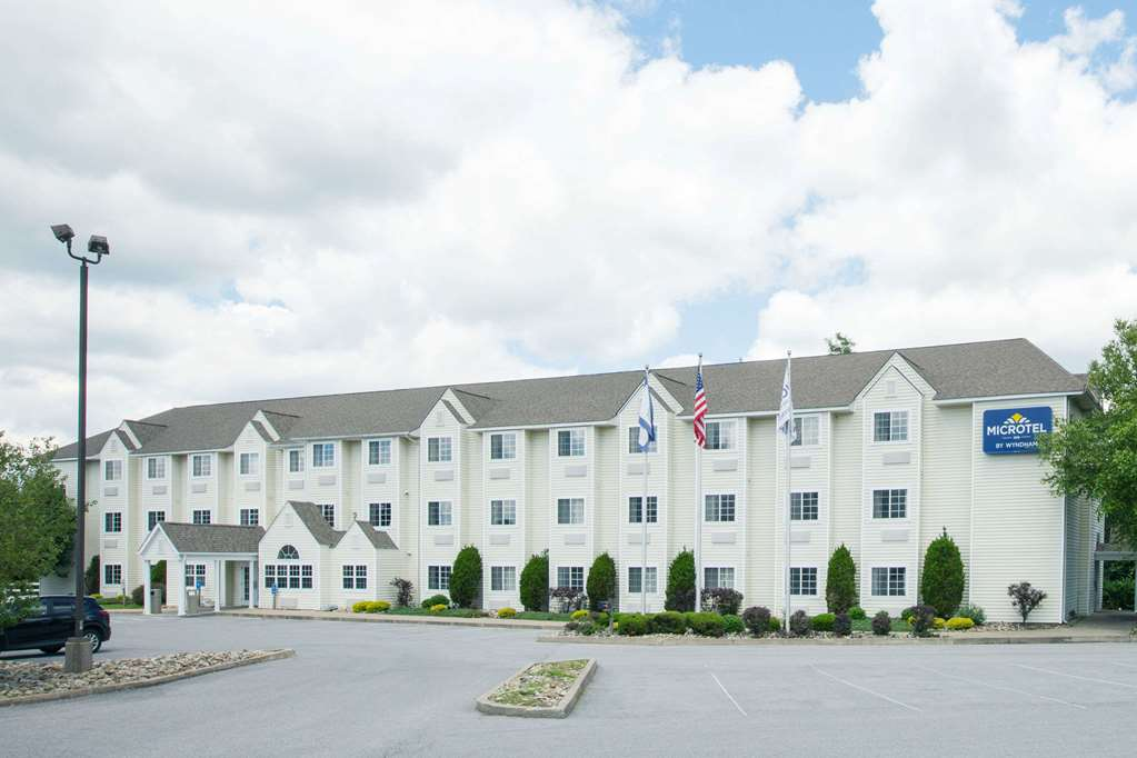 Microtel Inn & Suites by Wyndham Beckley