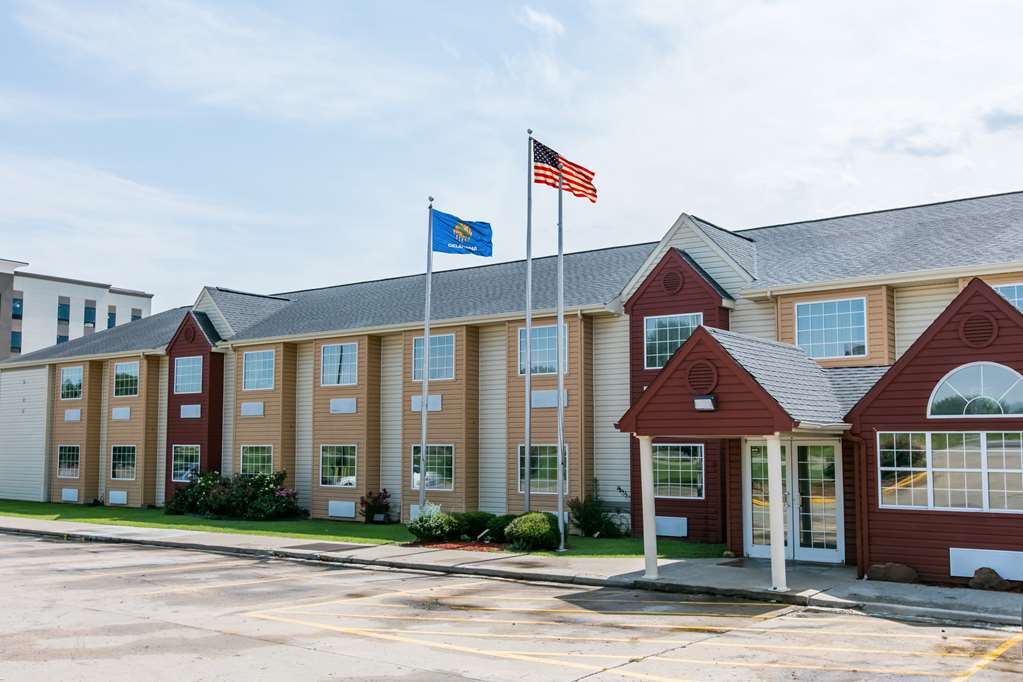 Days Inn & Suites Pryor