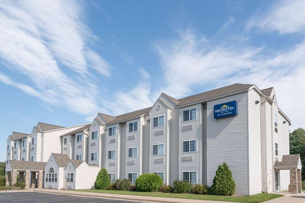 Microtel Inn/Suites by Wyndham Rice Lake