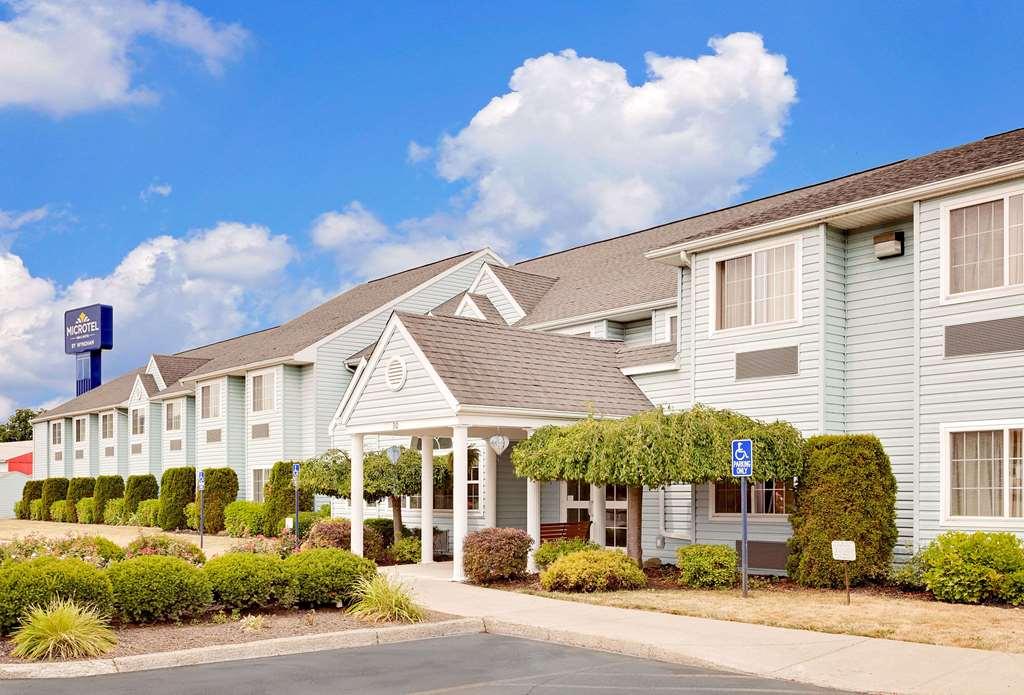 Microtel Inn & Suites Wellsville