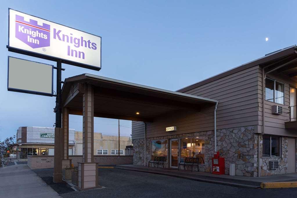 Knights Inn Baker City