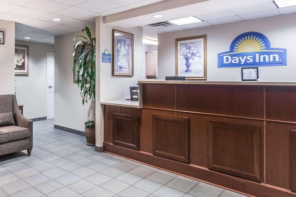 Days Inn Chiefland - Chiefland, FL 32626