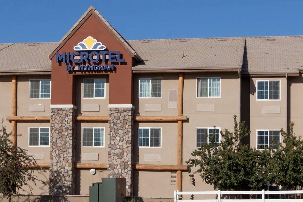 Microtel Inn & Suites  Wheeler Ridge