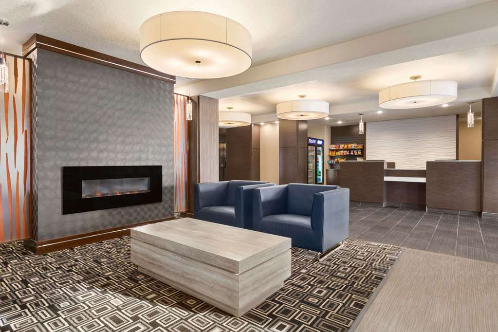 Days Inn & Suites, Yorkton