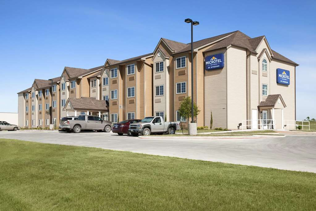 Microtel Inn & Suites Pleasanton